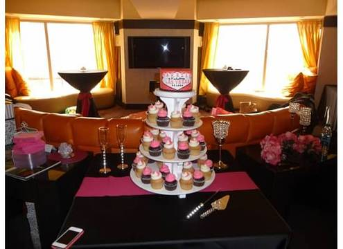 I Booked A 6 Inch Round Cake With The Married In Las Vegas Theme And 4 Dozen Mini Cupcakes Rented Tower Through Them They Will Deliver To